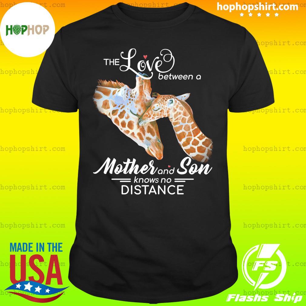 Giraffe no distance giraffe lover Classic T-Shirt