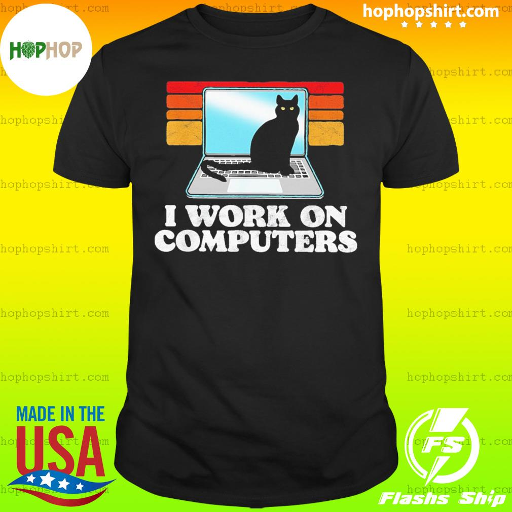 Black Cat I Work On Computers Vintage Retro Shirt